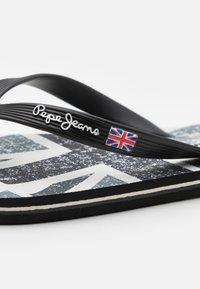 Pepe Jeans - HAWI BRITT - Badsandaler - black - 5