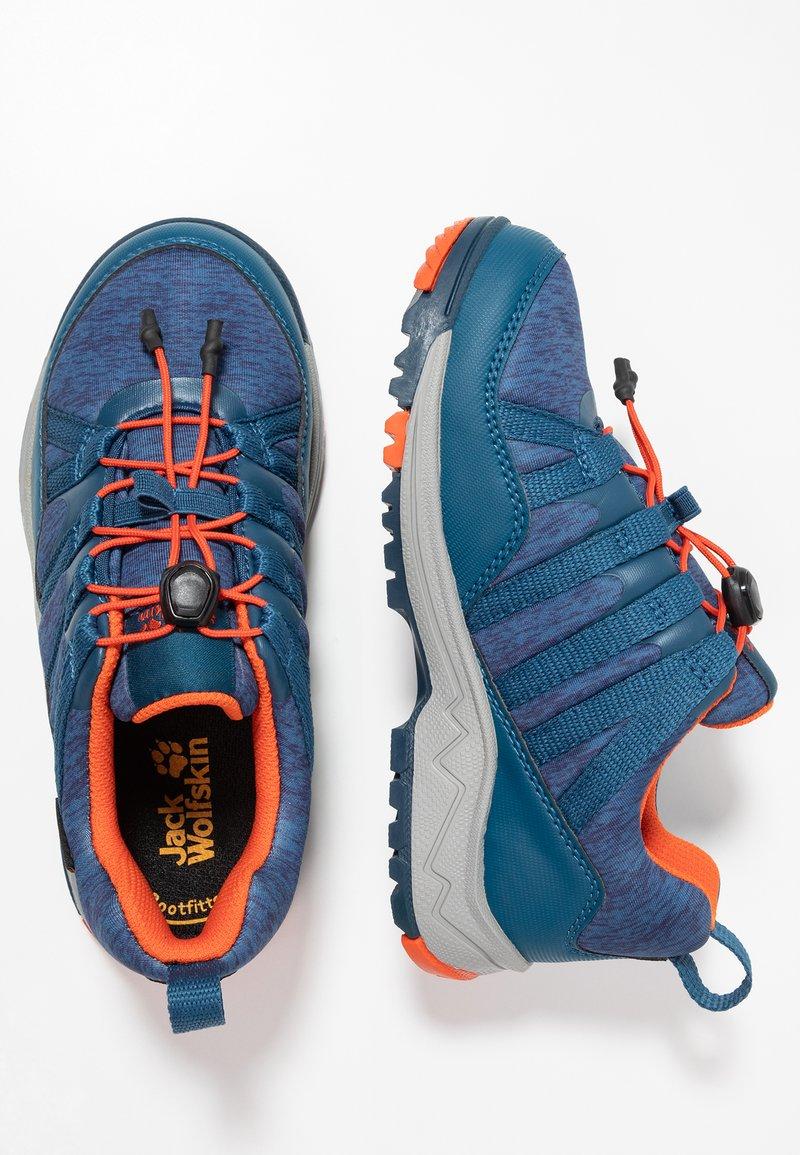 Jack Wolfskin - THUNDERBOLT TEXAPORE LOW  - Hikingschuh - blue/orange