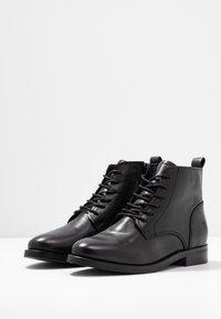 Apple of Eden - DEMI - Kotníková obuv - black - 4