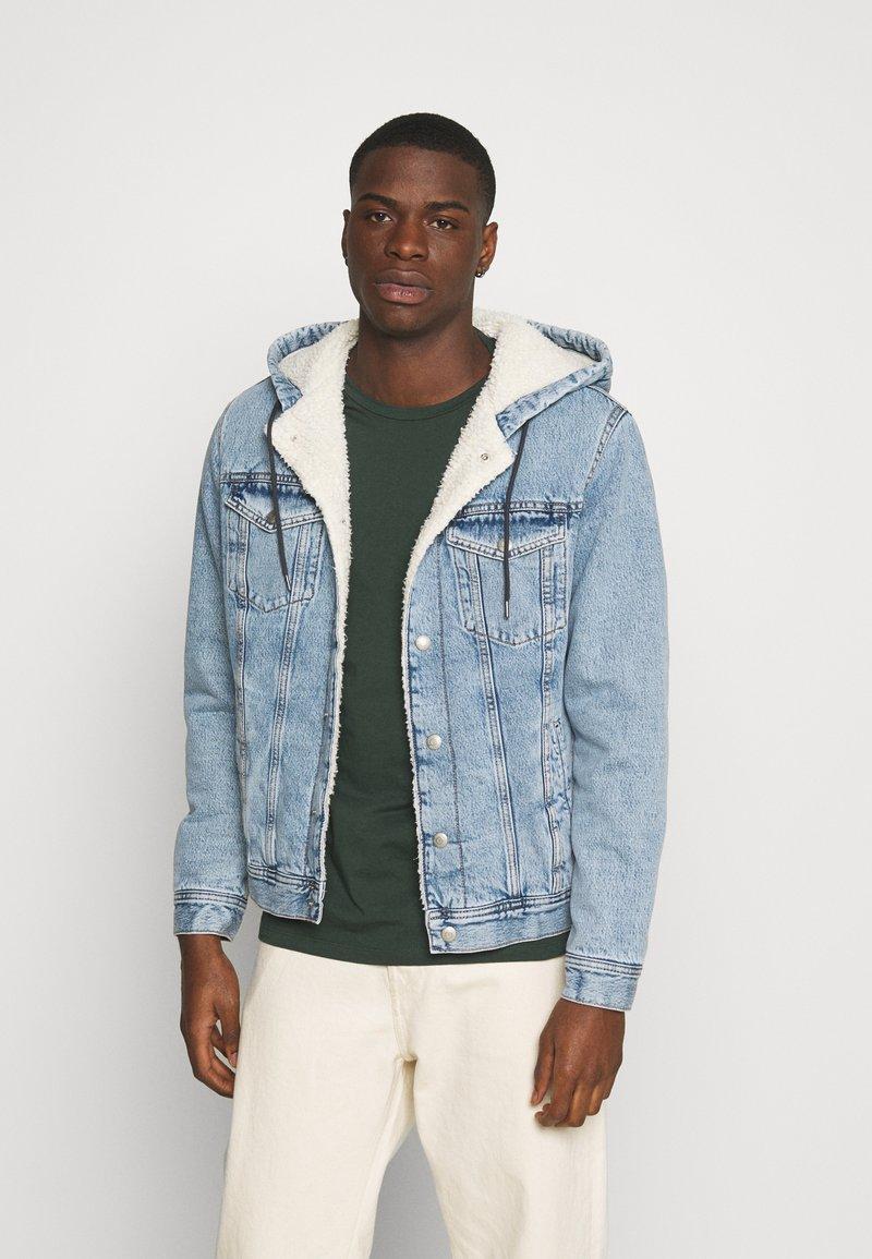 Jack & Jones - JJIJEAN JJJACKET HOOD - Denim jacket - blue denim