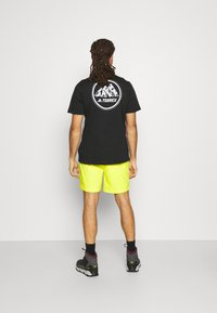 The North Face - CLASS PULL ON SHORT - Träningsshorts - sulphr - 2