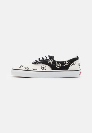ERA UNISEX - Trainers - black/marshmallow