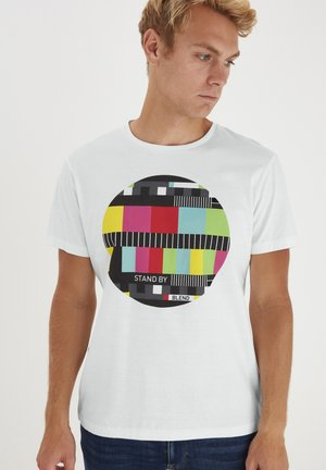 REGULAR FIT - Print T-shirt - bright white