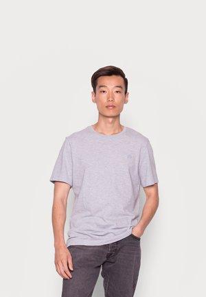 LOGO SOFTWASH ORGANIC TEE - Basic T-shirt - light blue heather