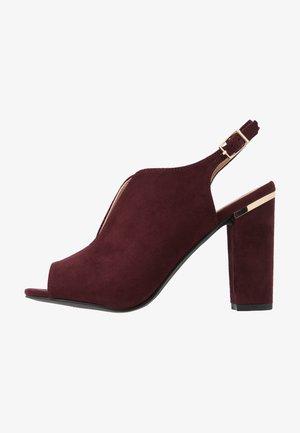 SKYLAR - Sandály na vysokém podpatku - burgundy