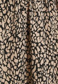 Pieces - PCGILBERTA MIDI SKIRT - A-line skirt - black - 2