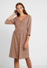 Blendshe - TAMMY - Shirt dress - orange - 0