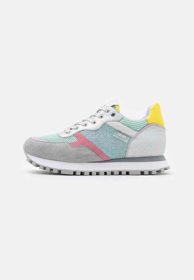 Sneakers laag - aqua