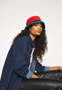The North Face - CYPRESS BUCKET - Hat - fiery red - 3