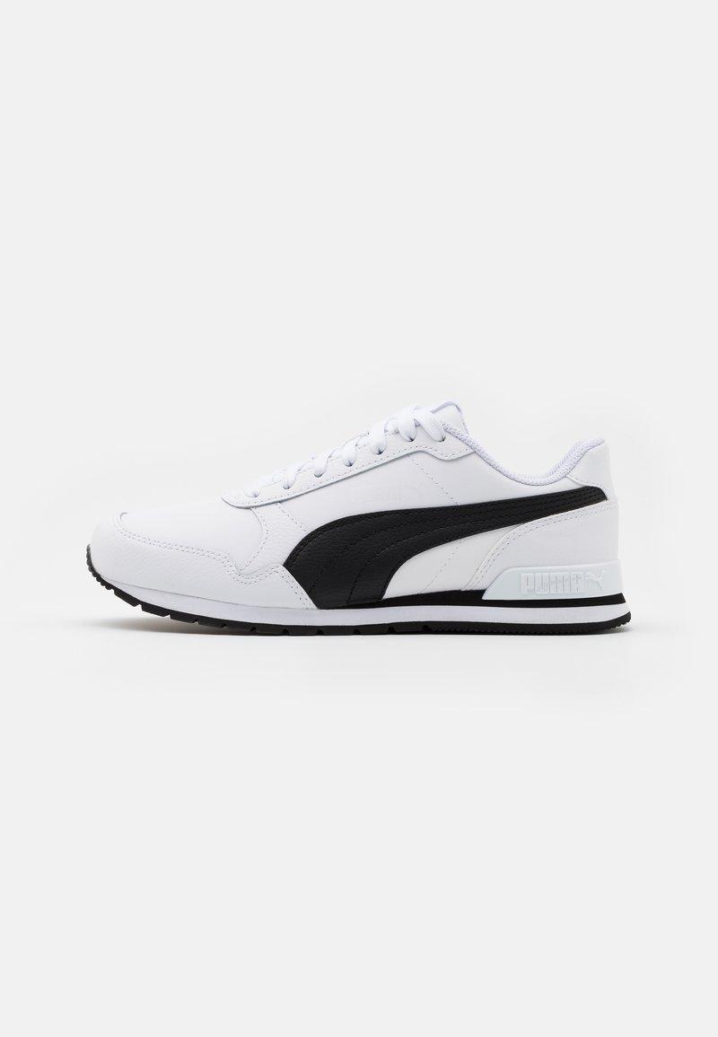 Puma - RUNNER V2 UNISEX - Sneakers - white/black
