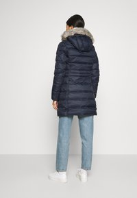 Tommy Hilfiger - TH ESS TYRA  - Down coat - desert sky - 2