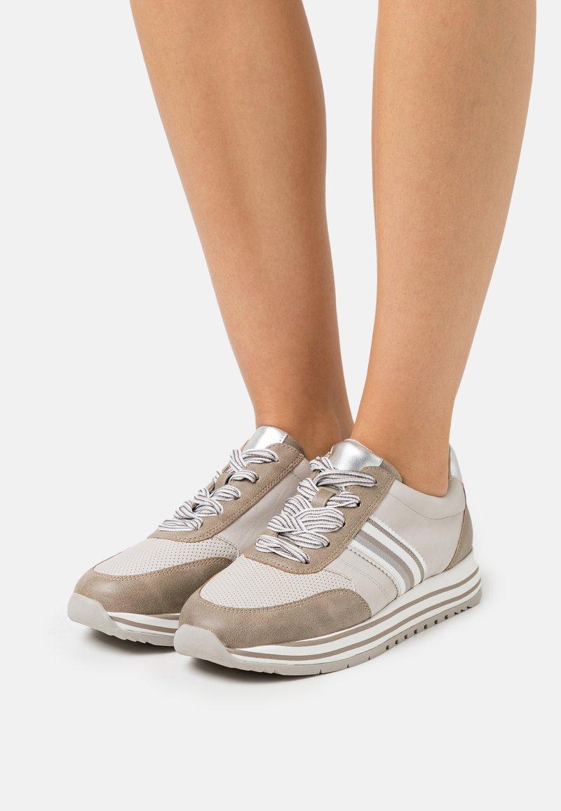Jana - Trainers - grey