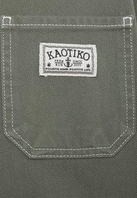 Kaotiko - WORK JACKET UNISEX - Jeansjacke - olive - 2