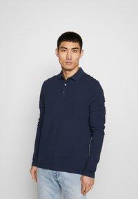 Michael Kors - GARMENT DYE - Polo shirt - midnight - 0