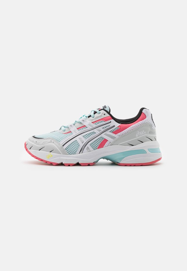 GEL-1090 - Sneakers - aqua/white