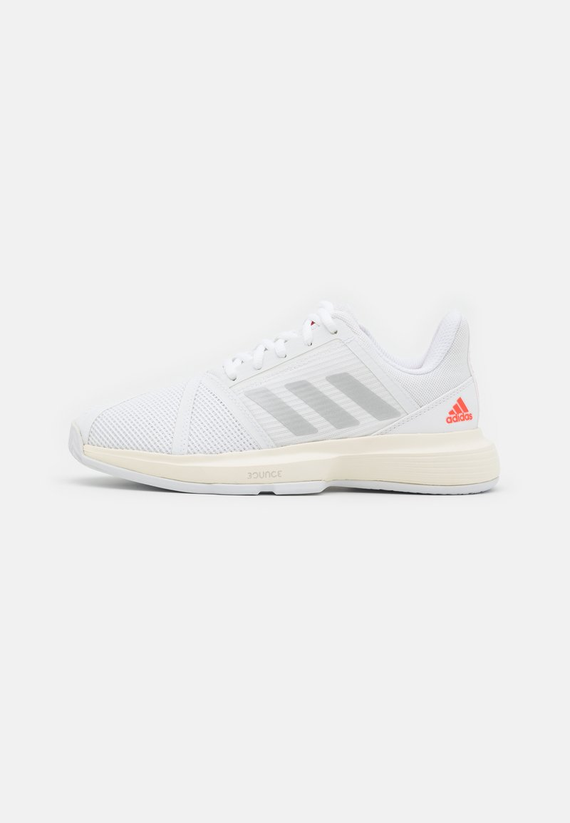 adidas Performance - COURTJAM BOUNCE - Multicourt tennis shoes - footweare white/silver metallic/solar red