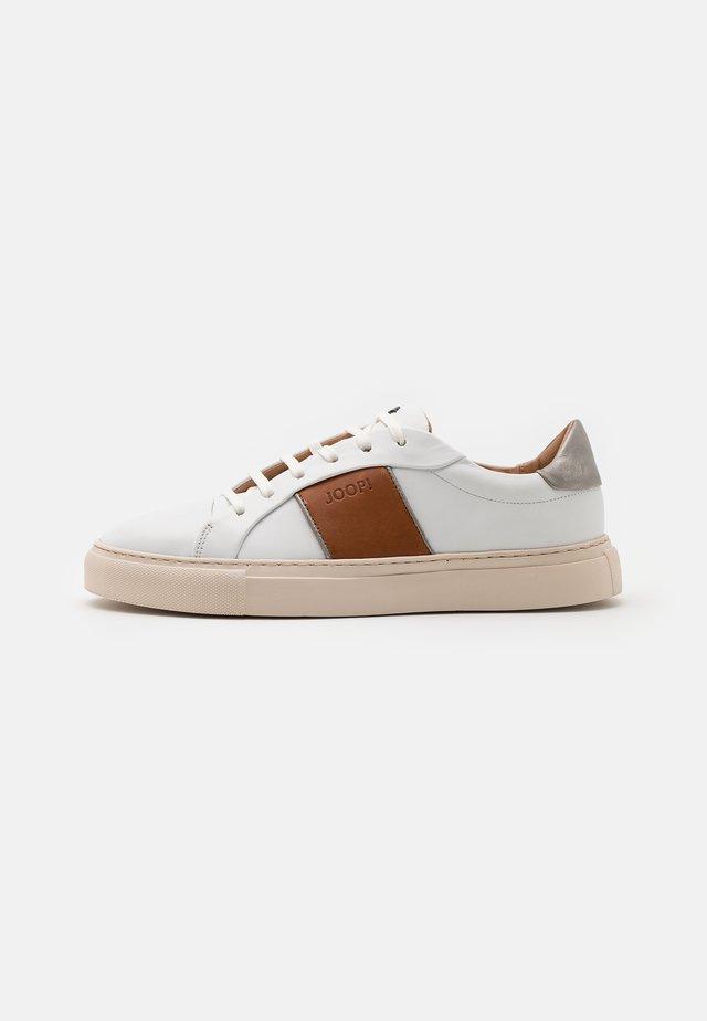 LISTA CORALIE FLOW - Sneakers laag - cognac