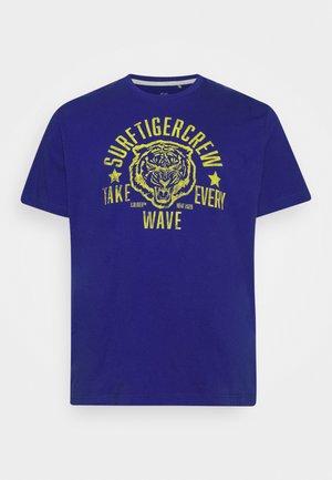 KURZARM - Print T-shirt - blue