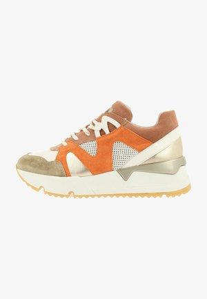 Trainers - multi/orange