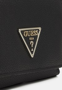 Guess - SANDRINE SMALL TRIFOLD - Wallet - black - 4