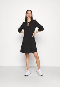 Noisy May - NMLIVE 3/4 SHORT DRESS - Denní šaty - black - 1