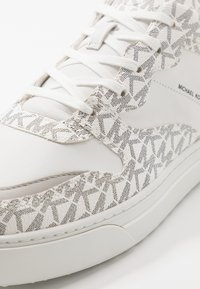 Michael Kors - BAXTER - Sneakers - optic white/black - 5