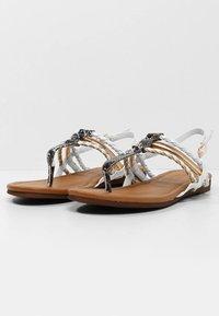 LASCANA - T-bar sandals - gold-colored camel-cream - 3