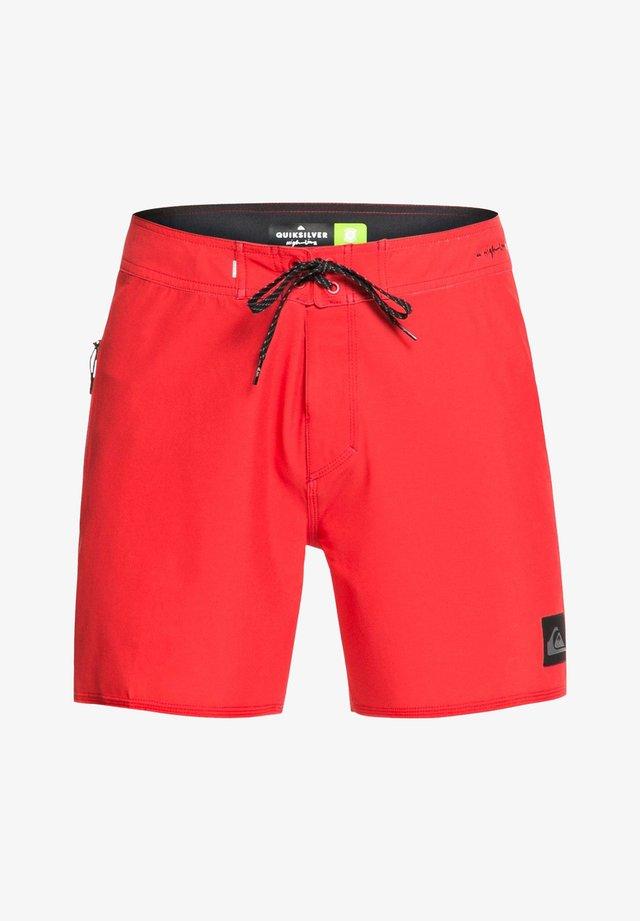 HIGHLINE KAIMANA - Swimming shorts - high risk red