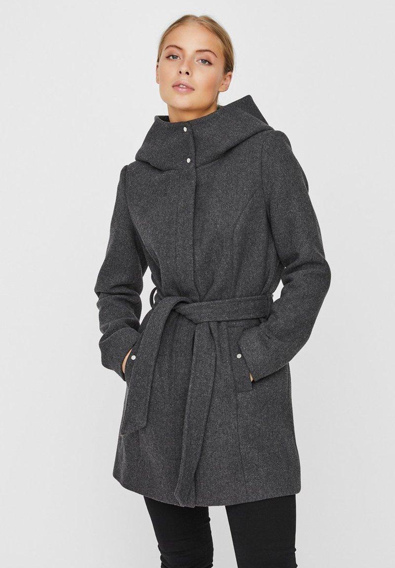 Vero Moda - Trenchcoat - dark grey melange