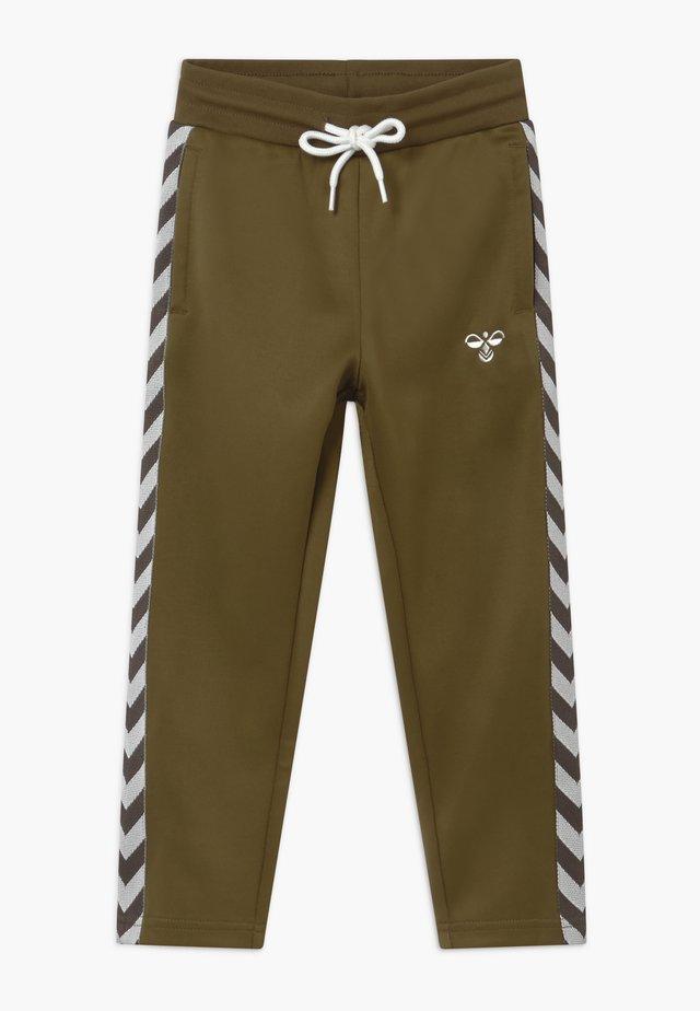 KICK - Pantalon de survêtement - military olive