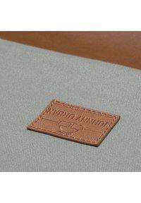 Johnny Urban - TURNBEUTEL LUKE - Sac de sport - gray/brown - 3