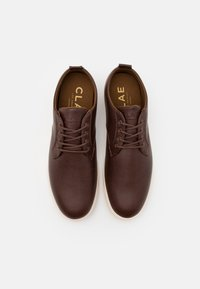 Clae - ELLINGTON - Stringate sportive - brown - 3