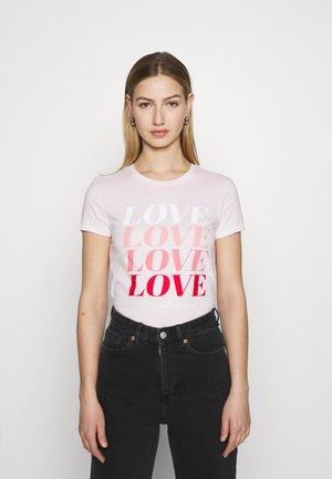 ONLLOVE LIFE FIT BOX - Print T-shirt - ballerina