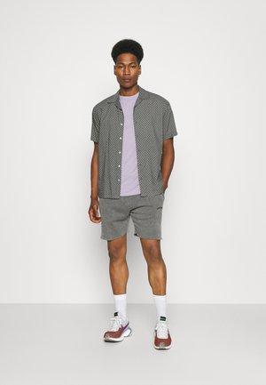 5 PACK - Basic T-shirt - lilac/light yellow/sage green/grey marl/off white