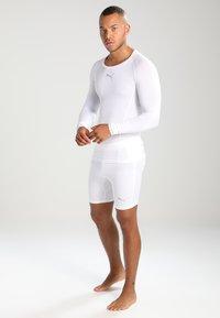 Puma - LIGA BASELAYER SHORT  - Panties - white - 1
