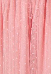 Needle & Thread - HONEYCOMB SMOCKED BALLERINA SKIRT EXCLUSIVE - A-line skirt - rose - 2