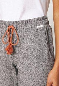 Skiny - DAMEN HOSE LANG SUNDOWN DESERT SLEEP - Pyjama bottoms - vulcangrey melange - 4