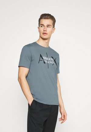 T-Shirt print - stormy weather
