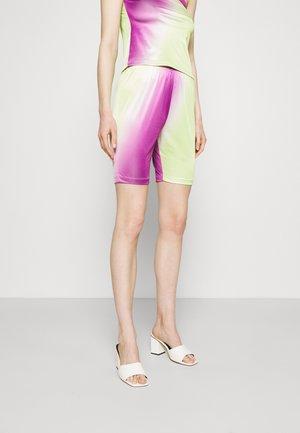 CISALO - Shorts - purple/green