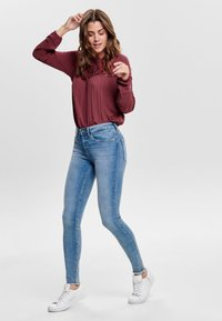 ONLY - ONLBLUSH MID ANKLE - Jeans Skinny Fit - light blue - 1
