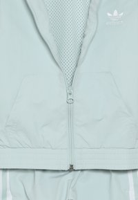 adidas Originals - NEW ICON - Trainingsanzug - vapor green/white - 5