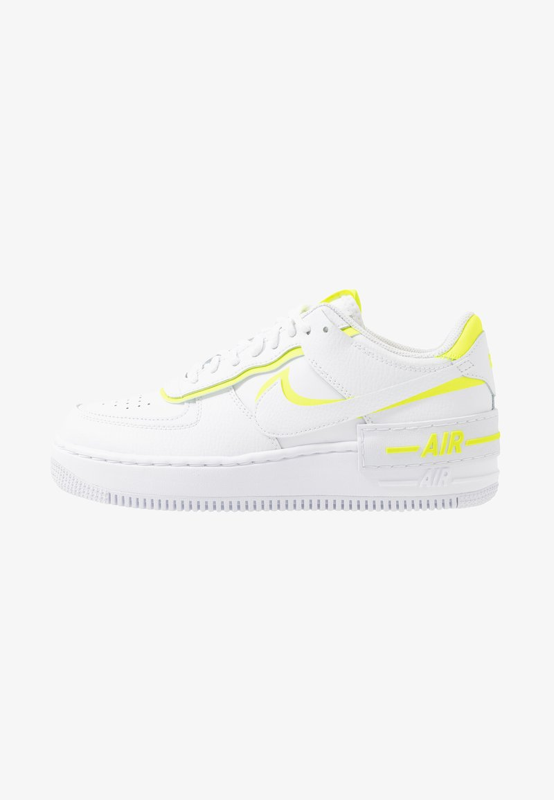Nike Sportswear Air Force 1 Shadow Trainers White Lemon White Zalando Ie Le nike air force 1 sono state le prime scarpe da basket con tecnologia air, così innovative e performanti che i giocatori che le testarono si rifiutarono di restituire i sample. air force 1 shadow trainers white lemon