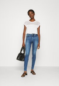 ONLY - ONLBLUSH LIFE - Jeans Skinny Fit - medium blue denim - 1