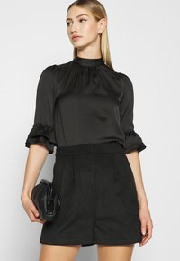 Miss Selfridge - HIGH NECK 3/4 SLEEVE BLOUSE - Langarmshirt - black - 4
