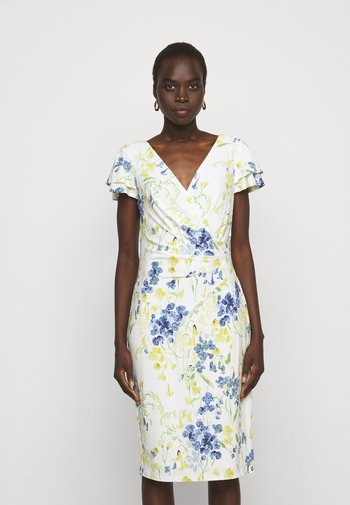 PRINTED MATTE DRESS - Shift dress - cream/yellow