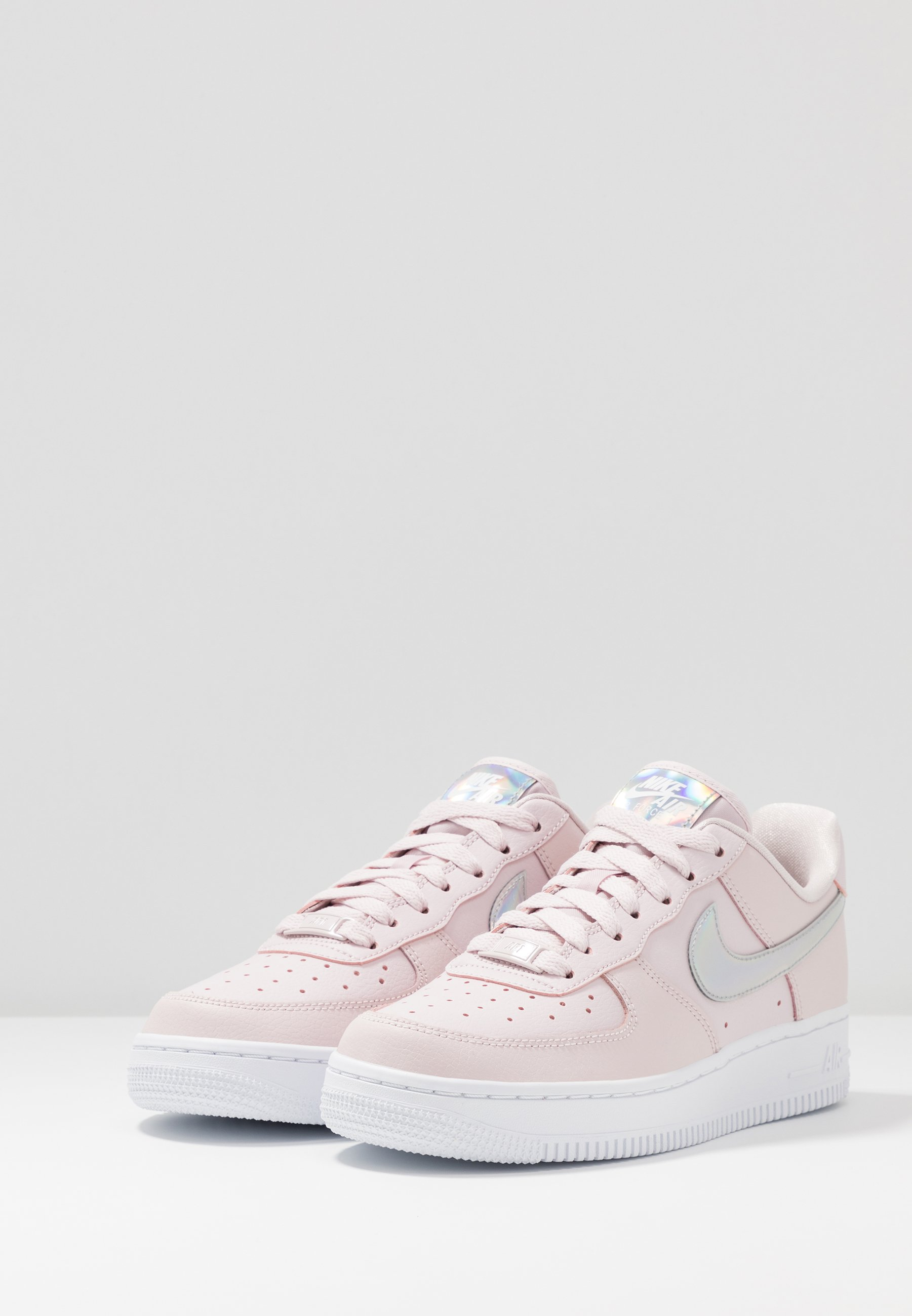 basket nike air force 1 fille rose