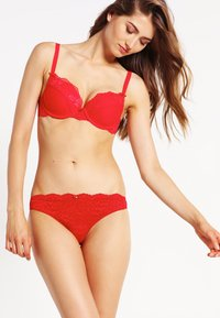 LingaDore - DAILY - Push-up bra - red - 1