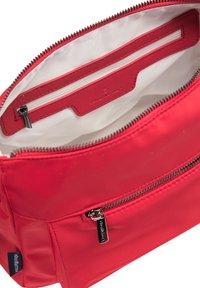 DreiMaster - Across body bag - red - 3