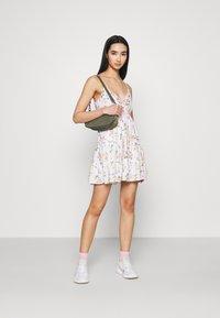 Hollister Co. - BARE FEMME SHORT DRESS - Day dress - white - 1