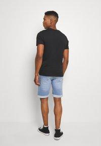 Denim Project - MR ORANGE - Shorts di jeans - light blue destroy - 2